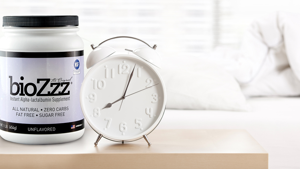 Biozzz Whey protein and a clock