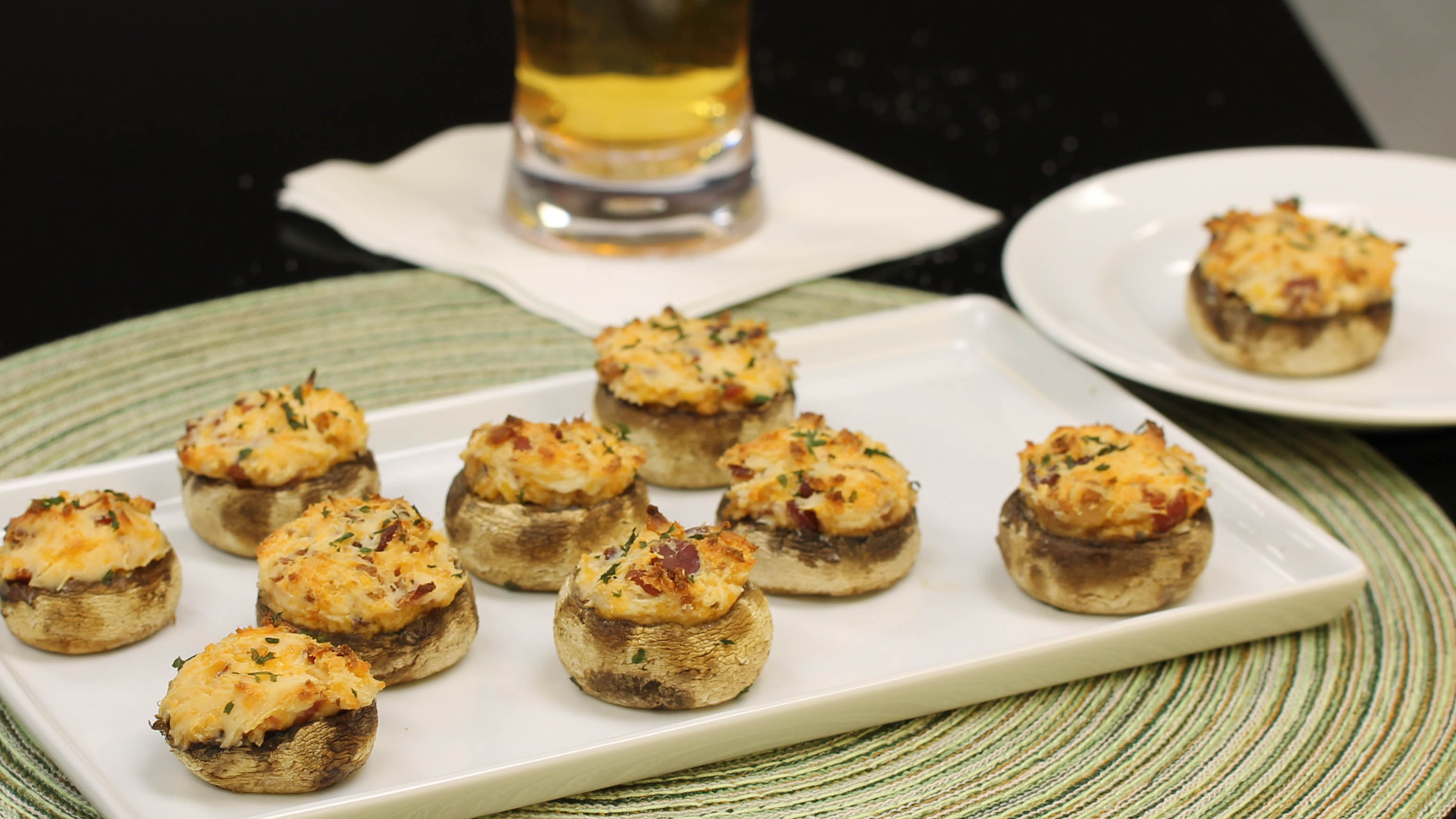 Cheesy Bacon Stuffed Mushrooms